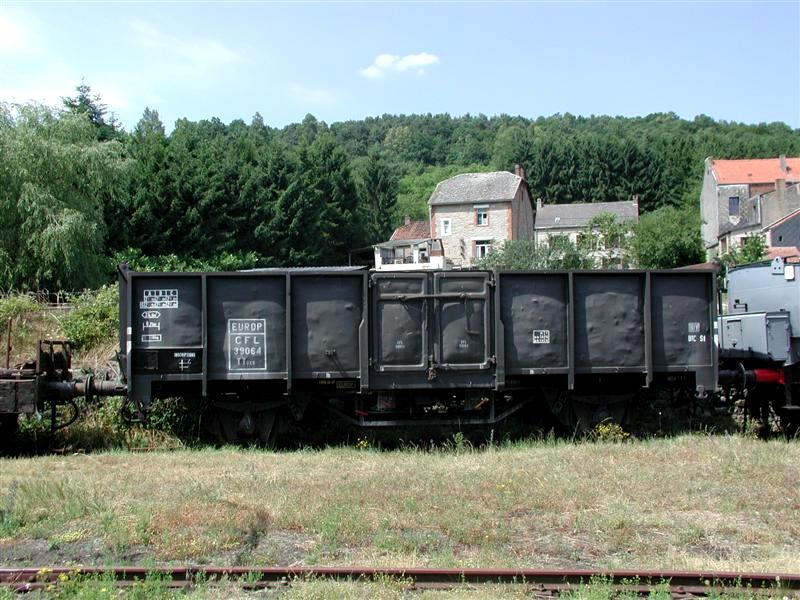 E 402